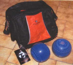 Short mat bowls equipment